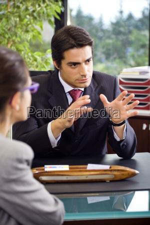 parlare parlato parlando chiacchierata ufficio lavoro