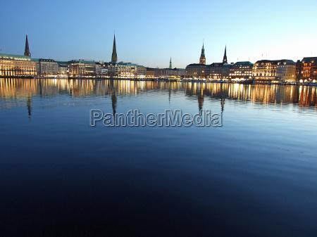 luci sera amburgo municipio sguardo vista