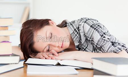 donna studiare studio bello bella scrivania