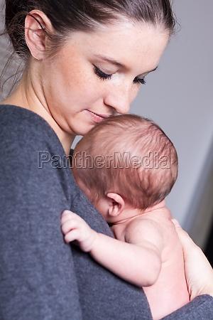 nascita bambino neonato lattante maternita genitori