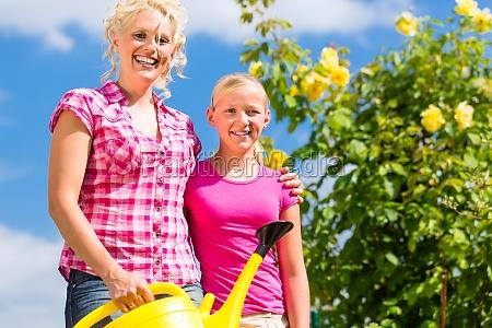 casa costruzione giardino mamma madre madri
