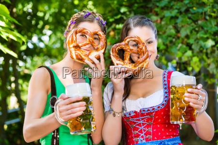ristorante taverna bar birra costume birreria