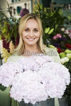 donna avoro interno fiore fiori estate