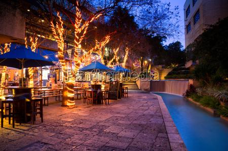 ristorante viaggio viaggiare architettonico citta colore
