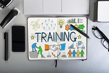 grafico di addestramento sul taccuino