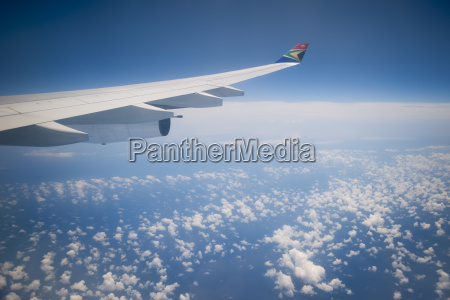 blu viaggio viaggiare traffico nuvola guardare