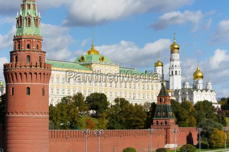 torre viaggio viaggiare architettonico storico citta