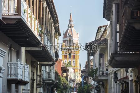 torre viaggio viaggiare architettonico storico religione